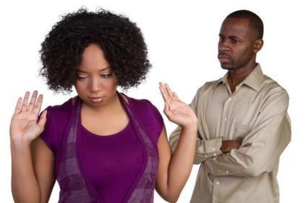 Voici 5 raisons spirituelles pour lesquelles les relations de certaines femmes avec les hommes ne durent pas