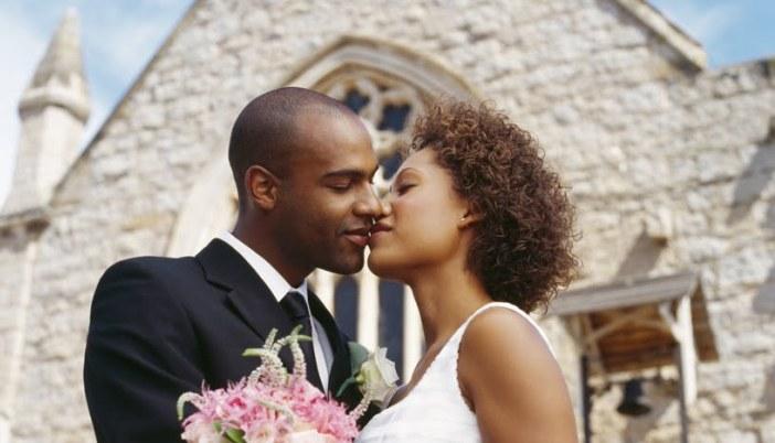 Recette magique (savon + parfum) pour attirer l'Amour, trouver l'Âme sœur, se marier